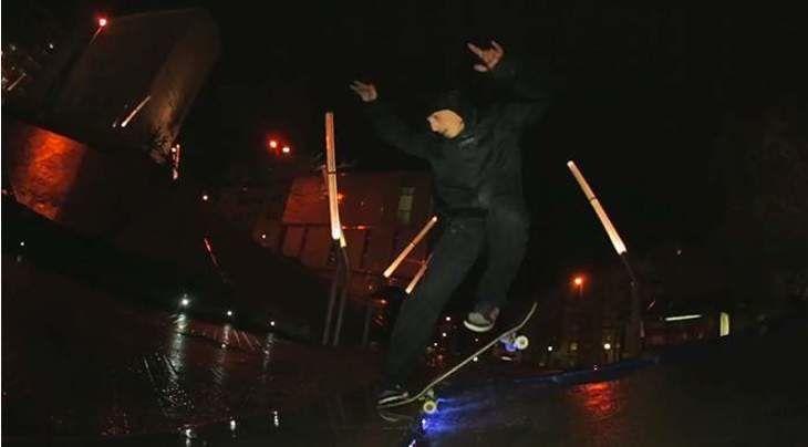 "Phil Zwijsen Skates Entirely In The Rain In His ""Waterproof"" Part For Element"
