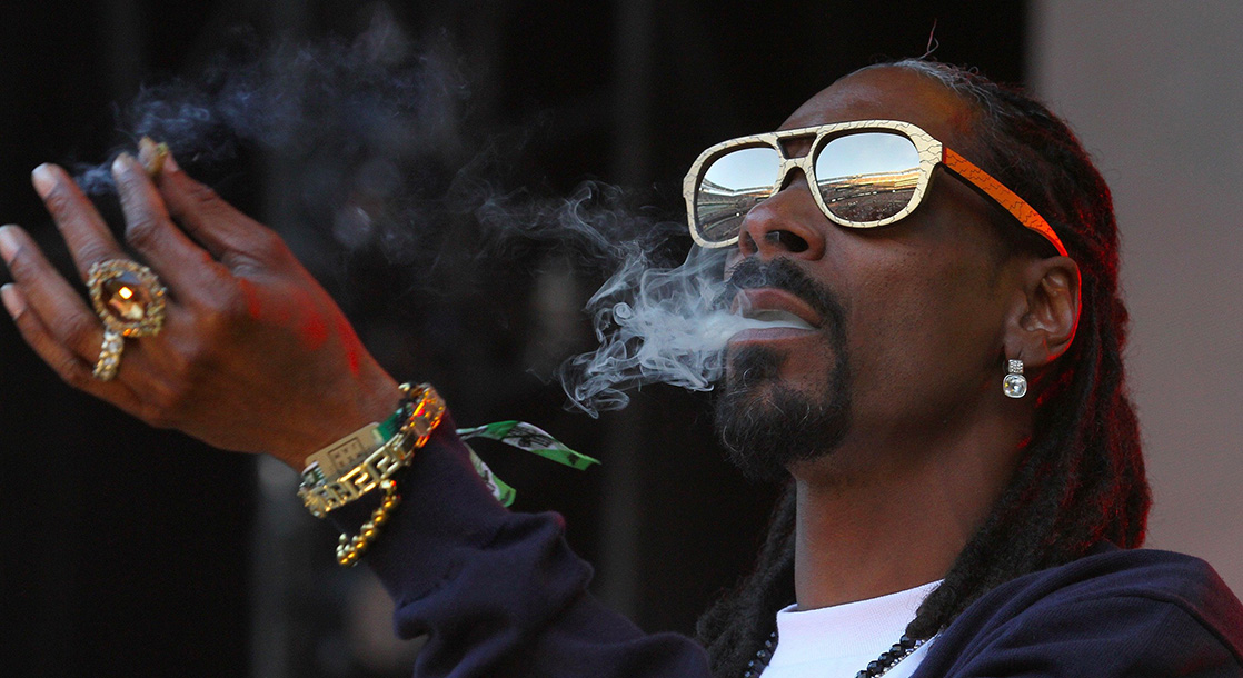 The Top 5 Celebrity Dads Who Love Smoking Weed