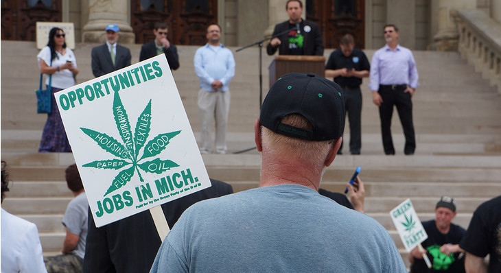 Michigan Cannabis Advocates Hope to Get Recreational Legalization Measure On 2018 Ballot