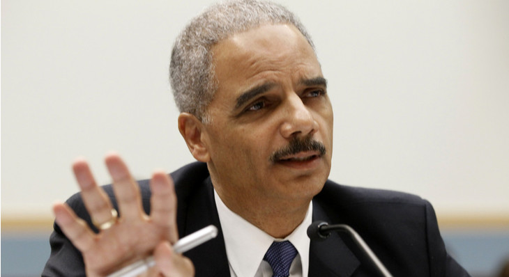 """Former Attorney General Eric Holder Says Jeff Sessions May Have an """"Obsession"""" with Marijuana"""