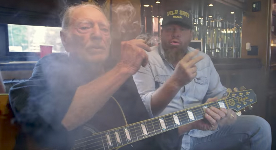HiTunes: Are People Actually Afraid of Smoking with Willie ...