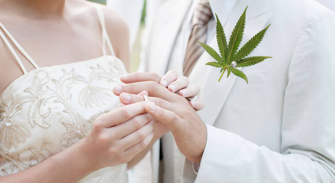 Elevating Your Wedding with Weed: Scenes from the Colorado Cannabis Wedding Expo