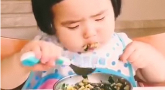 Meet China's Baby Foodie Xiaoman