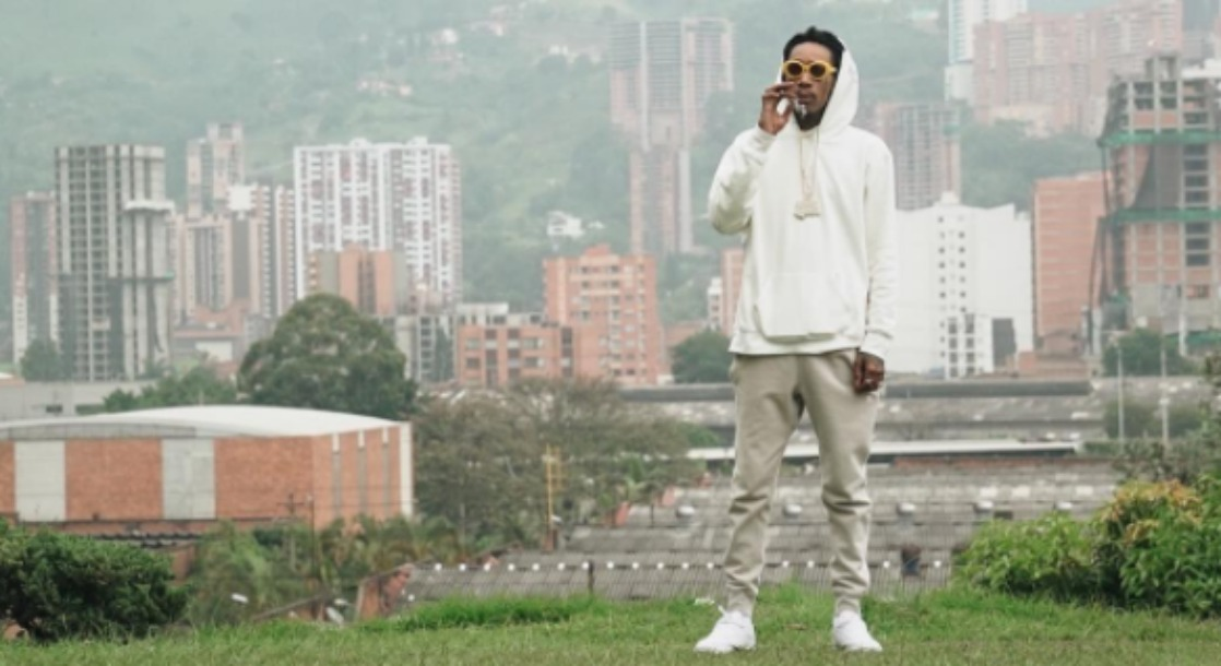 Colombians Angered by Wiz Khalifa's Visit to Pablo Escobar's Grave