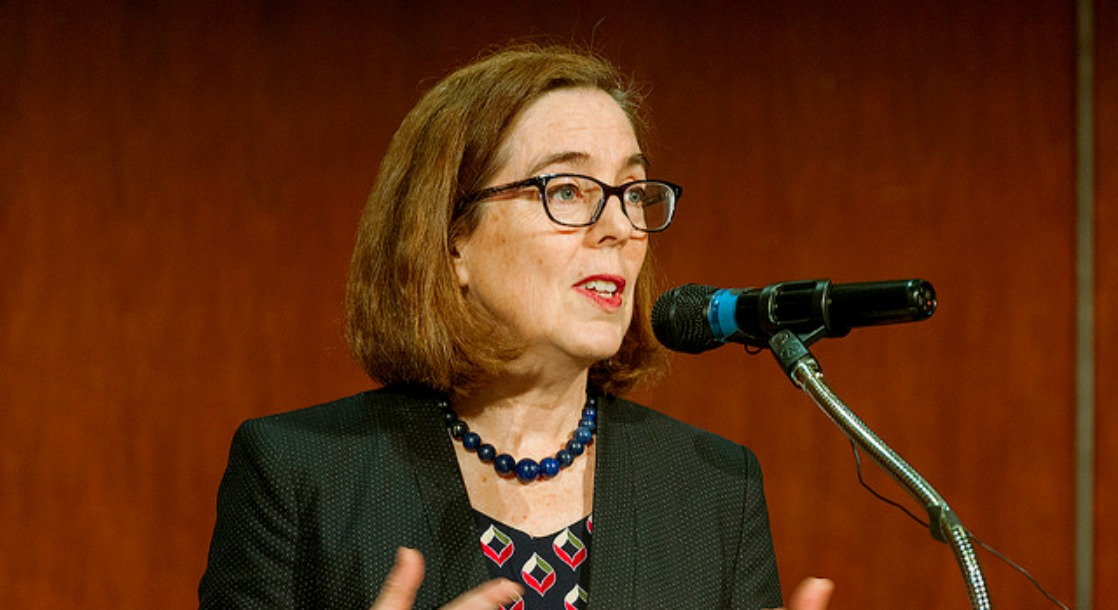 Oregon Governor Rebukes Jeff Sessions' Scolding of Legal Cannabis