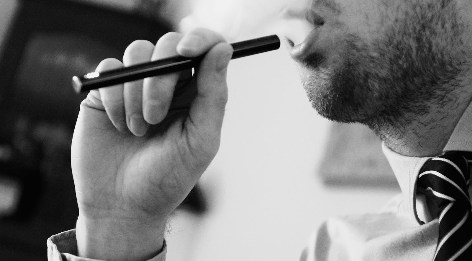 The Do's and Don'ts of Using Weed at Work