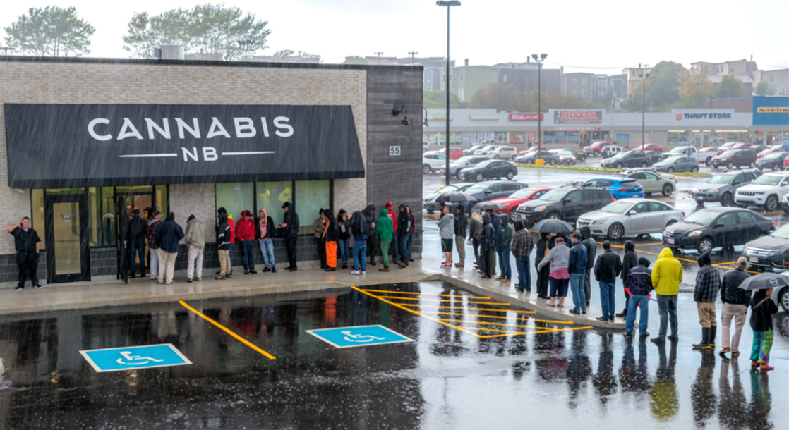 It's a Month Into the Legal Weed Era in Canada, and the Sky Hasn't Fallen