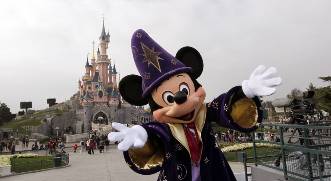 LSD Trip at Disneyland Leads to Missing Persons Report and a 130-Person Search