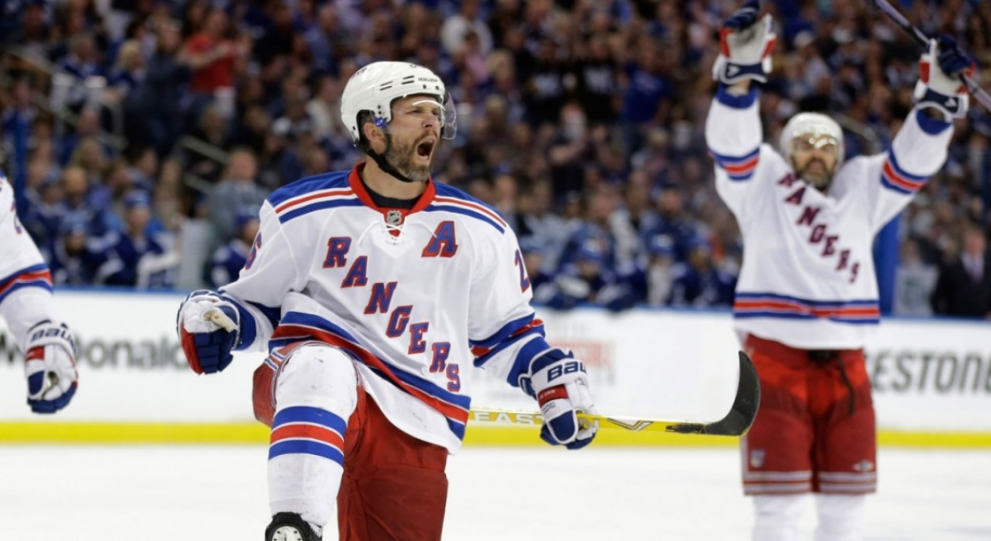 NHL Players Are Swapping Out Opioids for Cocaine and Ecstasy, Report Says