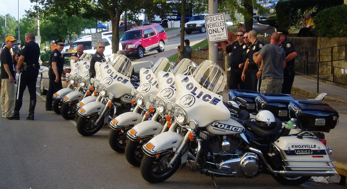 photo of California's Solution to Fighting the Illicit Weed Market: Hire More Cops image